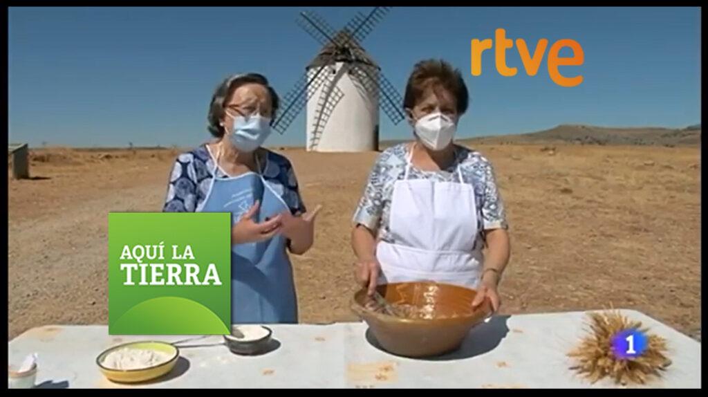 portada del reportaje de televisión aquí la tierra de televisión española sobre el pueblo de malanquilla y la historia de misión rescate para reconstruir el molino de viento