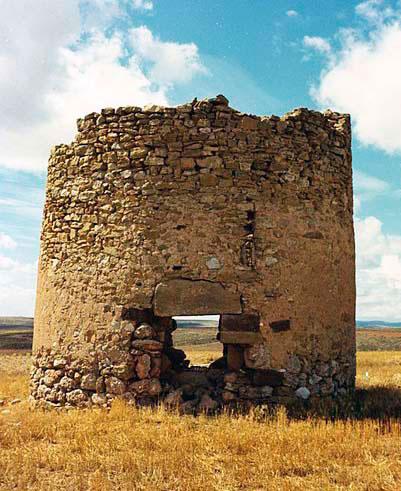 ruinas del molino de malanquilla antes de la reconstruccion