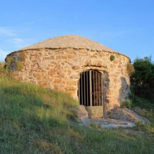 nevera romana pozo de hielo de malanquilla protegida en la tierra