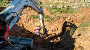 obras de afloramiento de la cisterna de la fuente romana de malanquilla