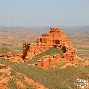 imagen panorámica de los castillos de armantes desde el mirador
